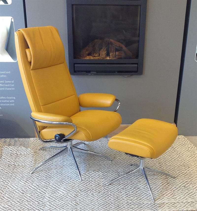 Stressless Paris Recliner with Footstool