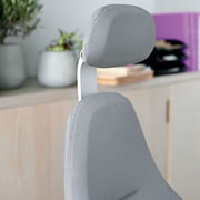 With Headrest Option