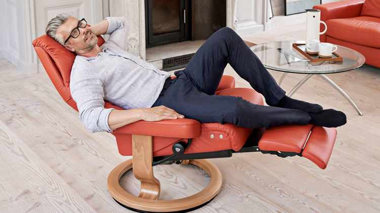 Stressless Sky Recliner by Ekornes