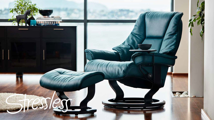A recliner you'll want to move in to