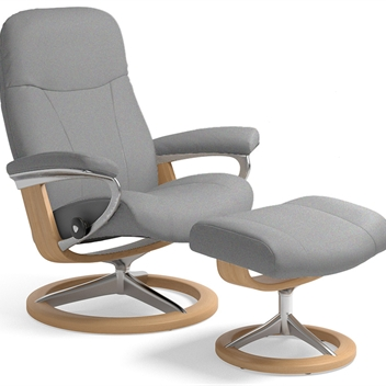 Stressless Consul Recliner on Signature Base