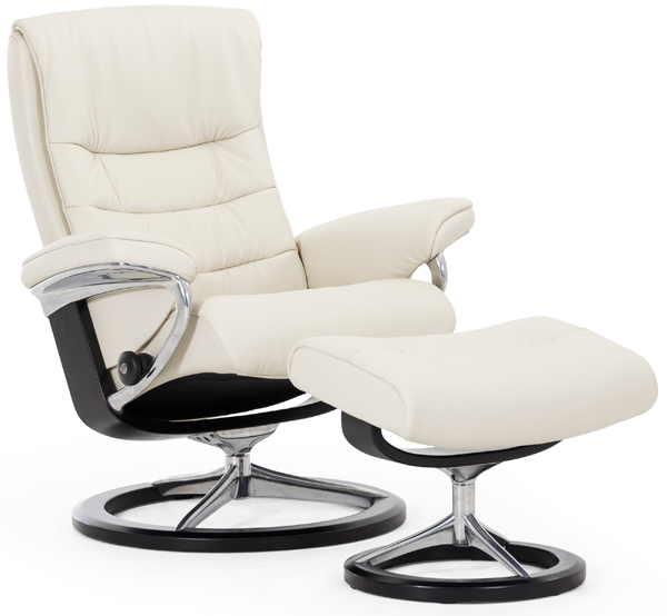 Stressless Nordic Recliner with Footstool - Signature Base