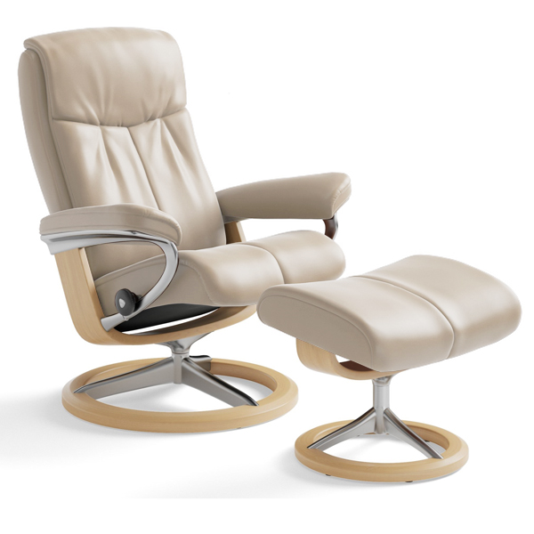 Stressless Peace Recliner on Signature Base